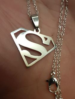 Sterling silver Necklace And Superman insignia Pendant Perfect Condition for Sale in New Port Richey,  FL