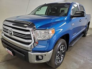 2017 Toyota Tundra 4WD for Sale in Kent, WA