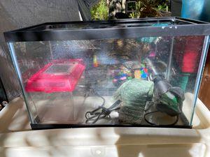 10 gallon tank for Sale in Cohutta, GA