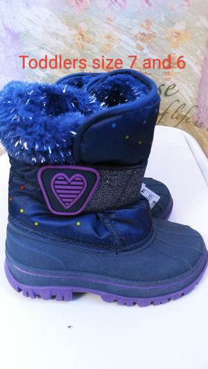 Girl winter boots for Sale in Everett, WA