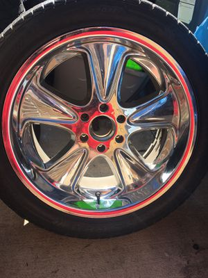 4-22in rims 6 lug . 305/40/22 tires all hold air for Sale in Oakley, CA