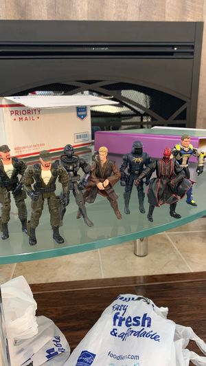 2001 Hasbro action Figure Collectibles for Sale in Fayetteville, NC