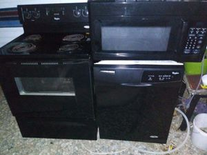 Electric stove dishwasher microwave for Sale in Hemet, CA