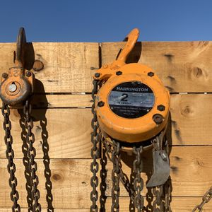 Harrington Hoist 2 Ton Capacity for Sale in Phelan, CA