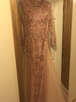 Gorgeous beaded rose gold formal dress fits sizes 8-10 for Sale in North Royalton, OH