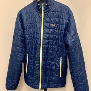 Men's Patagonia Packable Down Jacket, Size: Medium for Sale in Alexandria, VA