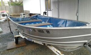 1988 Klamath Welded Aluminum Boat, 15hp Johnson 2stroke runs perfect- serviced-in June2018 $800, 1988 ez-Load Trailer, Current Tags All for $1350 for Sale in Bethel Island, CA