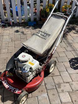 Máquina de pasto comercial trabaja bien tiene transmisión for Sale in North Tustin,  CA