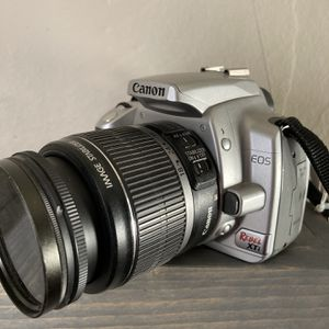 Canon Rebel XTi 400D with 18-55 Lens for Sale in Nutrioso, AZ