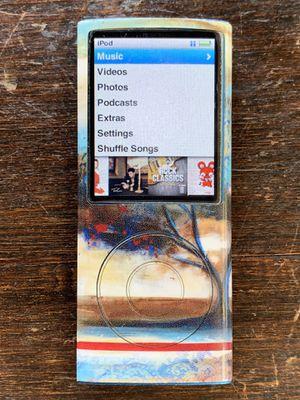 iPod Nano 4 (8 GB) + Extras for Sale in Danville, CA