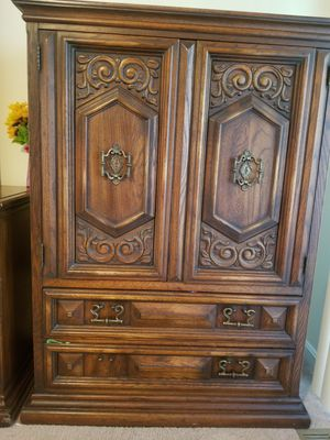 Antique dresser for Sale in Herndon, VA