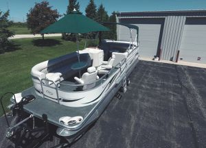 💥💥2006 Manitou Legacy Pontoon Boat and Trailer💥💥 for Sale in San Jose, CA