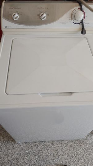 Maytag washer dryer set. Good condition just no longer need. for Sale in Palm Harbor, FL