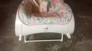 Fisher Price Grow With Me Infant to Toddler chair for Sale in Buffalo, NY