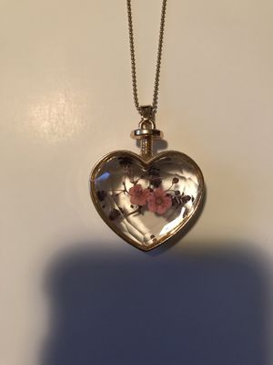 Dried flowers heart necklace for Sale in Perris, CA