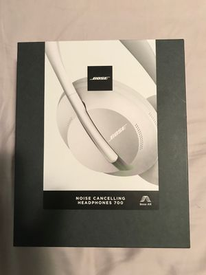 Bose 700 brand new for Sale in Saint Paul, MN