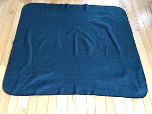 Forest Green Blanket, Excellent Condition! for Sale in Half Moon Bay, CA