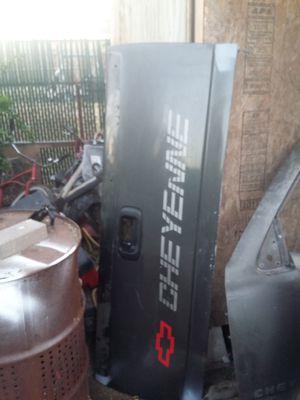 Silverado tailgate for Sale in Huntington Park, CA