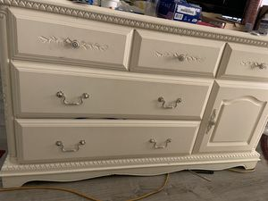 """Very nice dresser made of wood, beige color. Measures 60 width, 24"""" high deepn22"""" in very good conditions for Sale in Delray Beach, FL"""