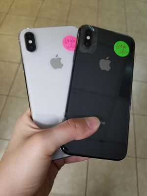 Unlocked iPhone X excellent condition free charger and 30days warranty for Sale in Richardson, TX