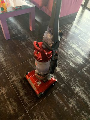 Vacuum Hoover Good Condition. for Sale in Hallandale Beach, FL