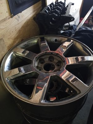 22 inch escalate rims for Sale in Trenton, NJ