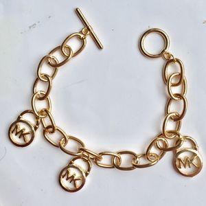 Mk Michael kors padlock bracelet for Sale in Silver Spring, MD