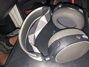 steelseries arctis 7 2019 edition for Sale in Corona, CA