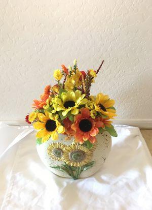 Sunflower floral arrangement for Sale in Surprise, AZ
