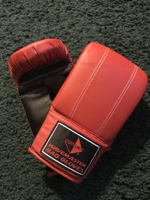 Bag Gloves for Sale in Palmdale, CA
