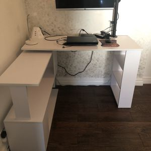 Modern L Shaped Rotating Computer Desk PLEASE READ DESCRIPTION. for Sale in Los Angeles, CA