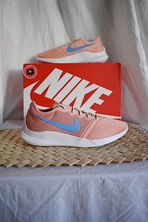 WMNS Nike VTR | Sz. 7.5 | DS for Sale in Chino Hills, CA