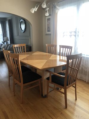 Dining room set for Sale in Norridge, IL