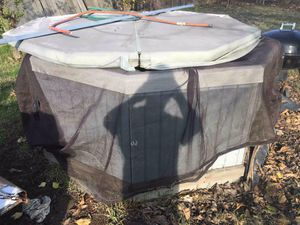 Hot tub free or trade for Sale in Sacramento, CA