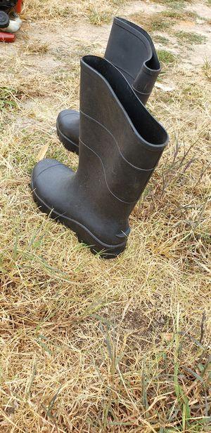 Rain boots size 9 for Sale in Atlanta, GA