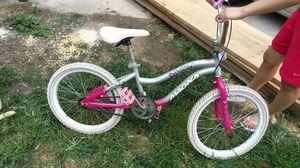 20 inch girl bike for Sale in Brooklyn, OH