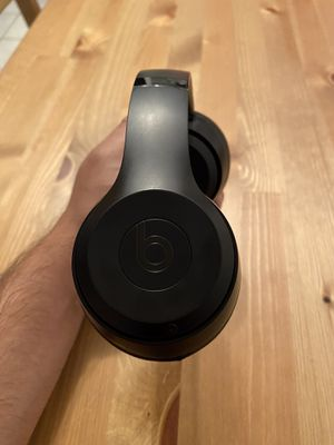 Beats Solo 3 Matte Black for Sale in Brooklyn, NY