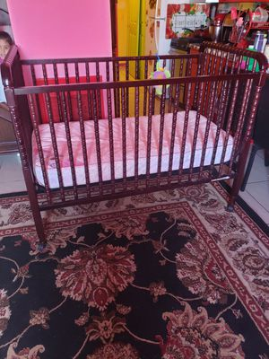 Baby crib and matress for Sale in Oakland, CA