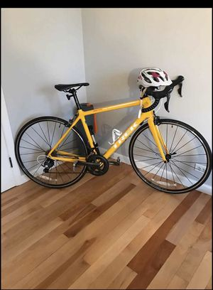 "Trek emonda Carbon road bike 54"" great condition retail 1600 for Sale in Normal, IL"