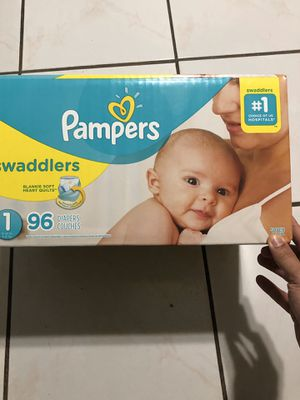 116 PAMPERS SWADDLERS for Sale in Miami, FL