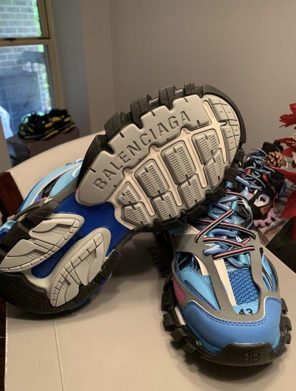 Balenciaga track runners size 43