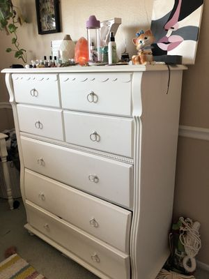 5 Piece Bedroom Set for Sale in Chino Hills, CA