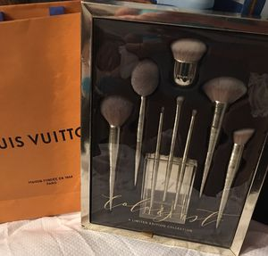 Brand New Colorjust Deluxe Limited edition Collection Makeup brushes for Sale in Redford Charter Township, MI