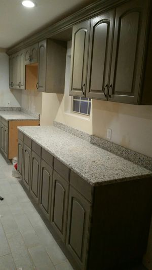 Kitchen and bathroom cabinets for Sale in Dallas, TX