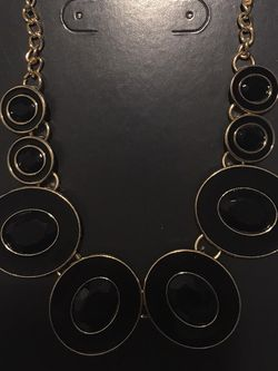 Black Necklace for Sale in Puyallup,  WA