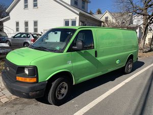 2009 Chevy Express 2500 for Sale in Garfield, NJ