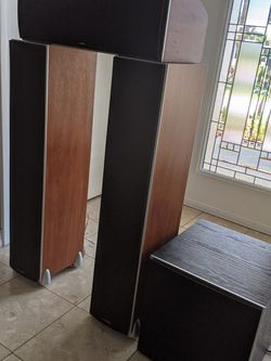 Polk Audio Home Theater Setup for Sale in Clearwater,  FL