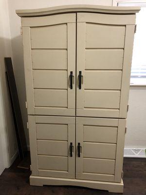 Antique Ivory 5 pc Queen Bedroom set for Sale in Denver, CO