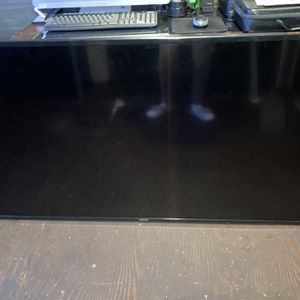 60in Samsung Tv for Sale in Los Angeles, CA