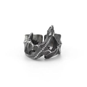 Dragon shape sterling silver ring, adjustable for Sale in New York, NY